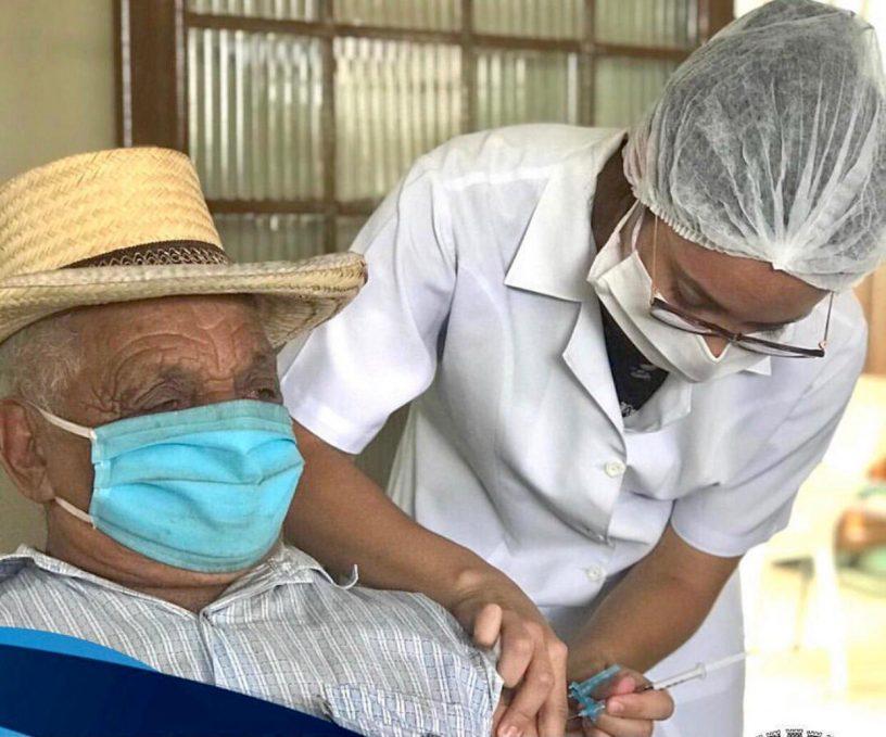 Vacinação ocorrerá nas unidades de saúde, por meio de agendamento prévio. Foto: Comunicação/PMSJB